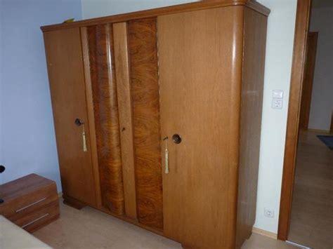 schlafzimmerschrank mit kommode kleiderschrank kommode und ankauf und verkauf anzeigen