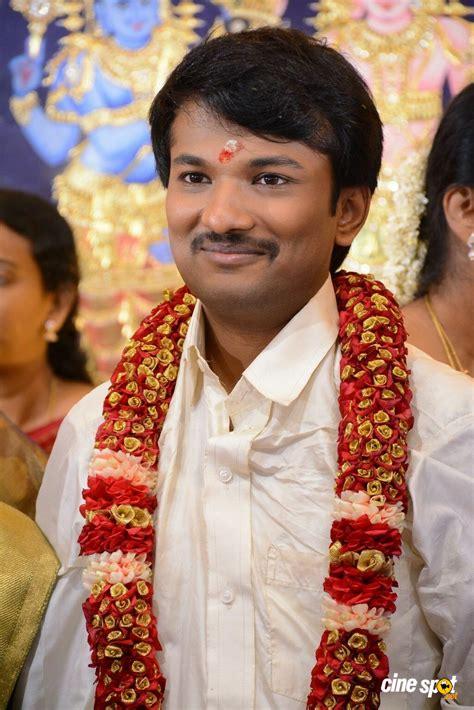 Rajut V raj tv family marriage photos 15
