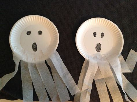 Paper Plate Ghost Craft - ghost paper plate craft