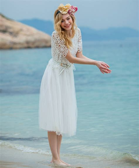 beach cover up outfit ideas glam radar 5 clever ways to cover up your swimsuit glam radar