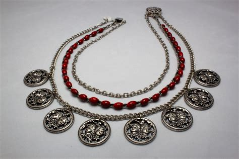 how to make recycled jewelry using found objects to make upcycled and recycled jewelry