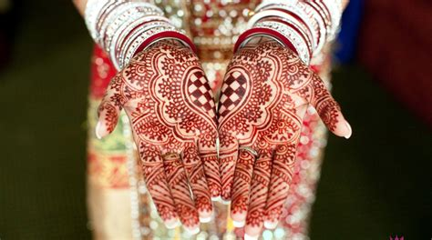 top 15 amazing heart shaped mehndi ideas flawssy