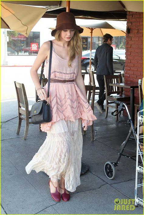 full sized photo of taylor swift mark foster kings road
