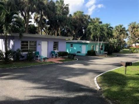 river palms cottages and fish c fl