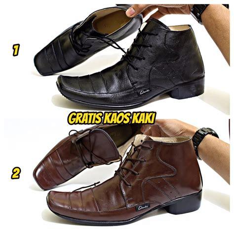 Sepatu Pantofel Pria Kulit Asli Mewah Kickers Tali Premium Jual Sepatu Pantofel Clarks Pria Kulit Asli Tali High