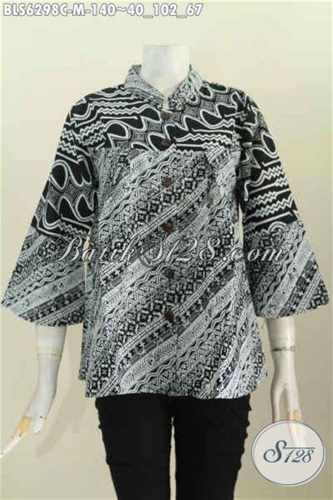 Kemeja Batik Pria Hitam Putih Monokrom Elegan Batik Pekalongan baju blus modis ukuran m baju batik kerah shanghai