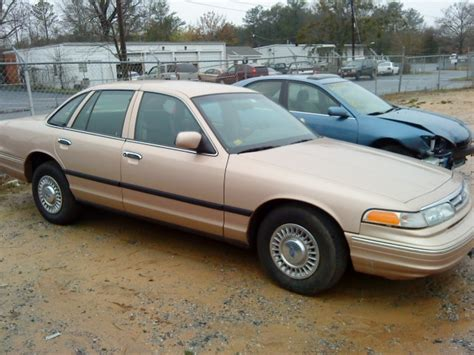 how make cars 1996 ford crown victoria parking system mike vic96 1996 ford crown victoria specs photos modification info at cardomain