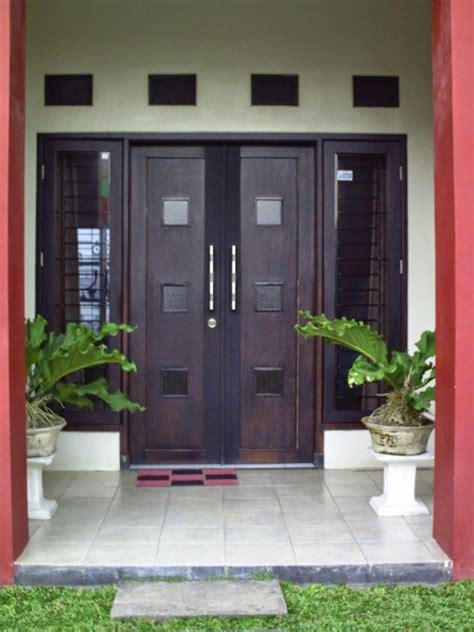 gambar pintu rumah minimalis rumah minimalis minimalis