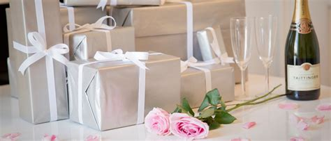 Wedding Gift Questions by Wedding Planning Five Common Wedding Gift List