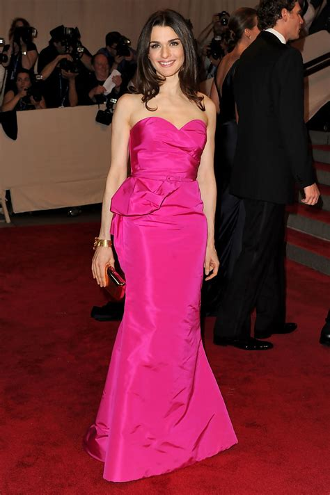 A Closer Look At The Oscars Weiz by Weisz In Oscar De La Renta Most Memorable Met