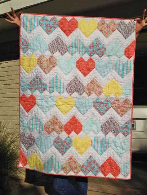 zig zag heart quilt pattern 1000 images about made from my patterns on pinterest