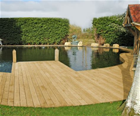 Planning your hardwood timber decking project for your garden
