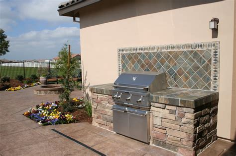 Custom BBQ with Tile Backsplash Contemporary Pool