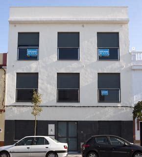 pisos de obra social la caixa la caixa ofrece 181 pisos en alquiler en las islas a