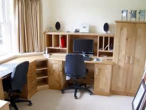 Corner desks large pic
