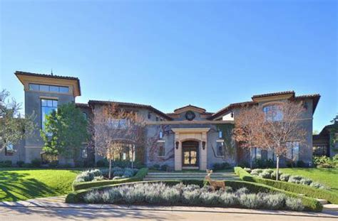 dwayne the rock johnson house address kourtney kardashian s house in calabasas ca 4