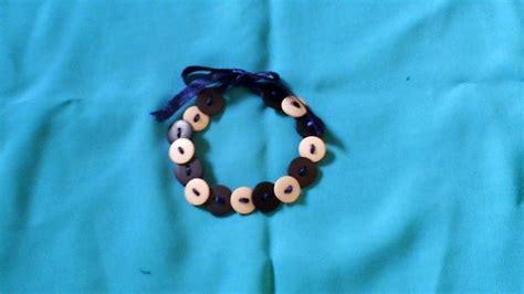 membuat gelang persahabatan dari benang jahit cara membuat gelang dari kancing dan pita youtube