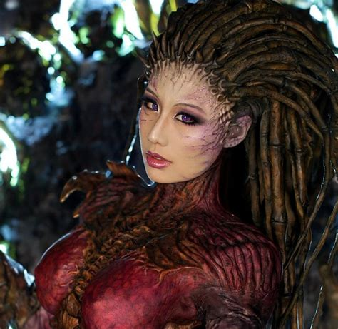 amazing life sized starcraft queen of blades statue photo 179 best images about geek style on pinterest