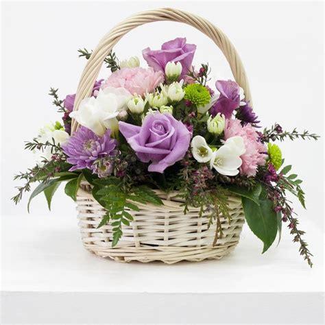 come comporre un mazzo di fiori articoli per fioristi fiori per cerimonie articoli