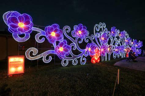 holiday magic festival of lights santas chinese lanterns come together at selma s holiday
