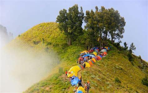 Stiker Taman Nasional Gunung Rinjani tahun 2017 buang sah di rinjani bisa kena denda 500 ribu rupiah bagaimana penjelasannya