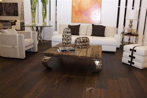 amazing pictures of living rooms with hardwood floors