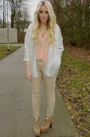 Remi Bag Flower Flavia nicola kirkbride lavish dress topshop necklace