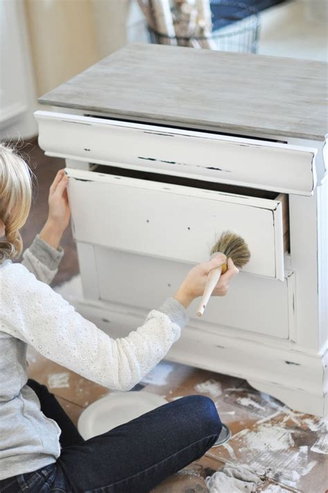 is it bad to paint a room while 25 best ideas about chalk paint dresser on chalk paint furniture sloan