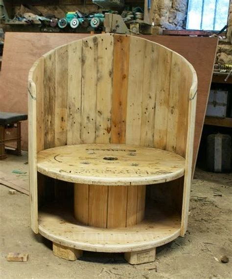 chair upholstery ideas repurposed wire spool ideas diy recycling wire spool ideas