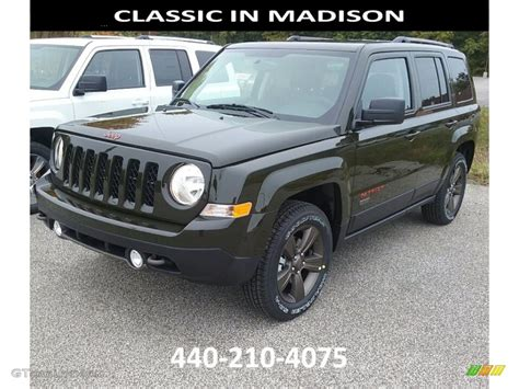 green jeep 2017 2017 recon green jeep patriot 75th anniversary edition 4x4