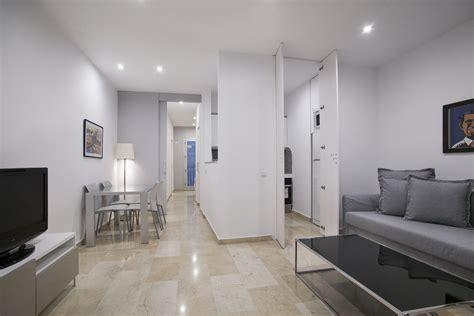 one bedroom apartment for rent in brton furnished luxury apartment for rent in el born barcelona