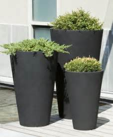 notes from the garden tips on pots urns and planters