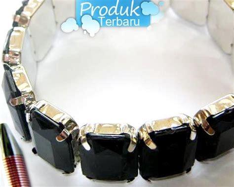 Kalung Mote Dua Warna 1 gelang warna hitam 1 bh rp 12 500 gelang kristal www tokoaksesorisku
