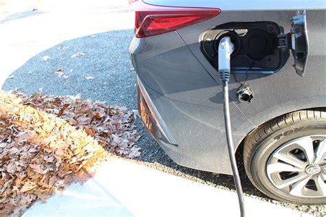 toyota zero emission vehicle toyota plans 1 million zero emission vehicles a year by
