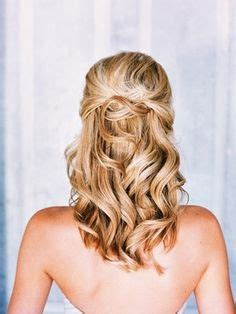 Wedding Hairstyles For Curly Medium Length Hair by Wedding Hairstyles For Curly Medium Length Hair