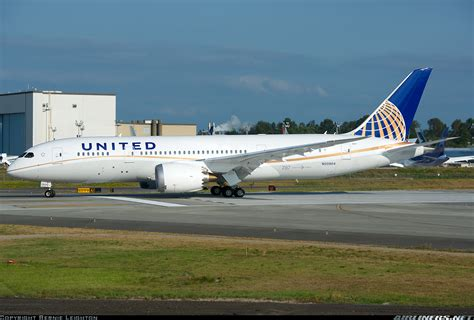 united airline sign in boeing 787 8 dreamliner united airlines aviation photo