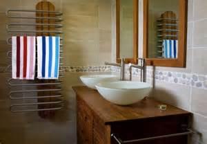 Stickers Leroy Merlin Deco #2: Salle-de-bains-exotique-salle-bain-exotique-deco-de-bois-leroy-merlin-photos-07011502-pour-colonne-decor-idee-la-a-redoute-meuble-alinea-castorama.jpg