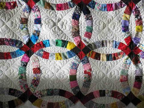 How To Make A Wedding Ring Quilt by Wedding Ring Quilt Traditional Gift Idea Wedding