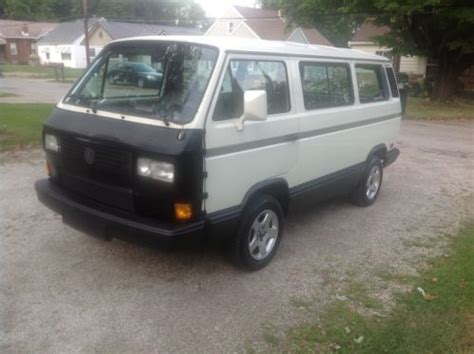 volkswagen vanagon lifted purchase used 1991 volkswagen vanagon carat pastel white
