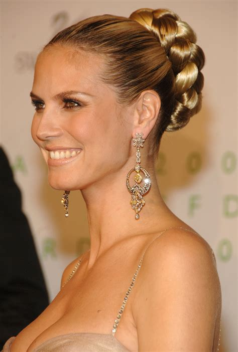 by hairstyle 27 elegant looking mother of the bride hairstyles