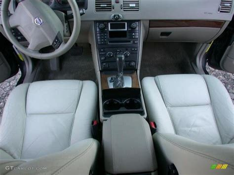 transmission control 2004 volvo xc90 interior lighting taupe light taupe interior 2006 volvo xc90 2 5t photo 44869480 gtcarlot com