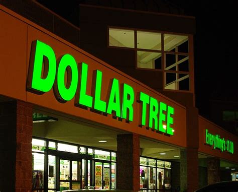 dollar store dollar tree dollar general and family dollar slip and