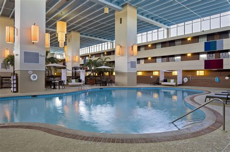 cheap rooms at opryland hotel the inn at opryland a gaylord hotel 2017 room prices deals reviews expedia