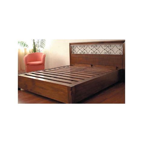 letti in legno classici letto mod berlino 1 piazza letti in legno massello con