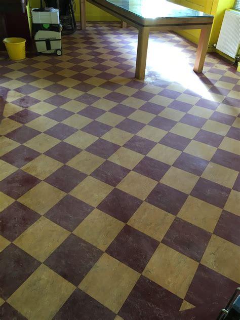top 28 linoleum flooring edinburgh cpd 12 2013 specifying linoleum flooring features top