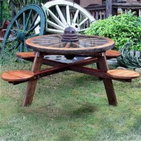 carolina craft table craigslist 1000 images about wagon wheels ideas on wagon