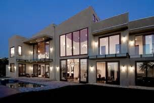 Celebrity home rihanna s house in beverly hills california