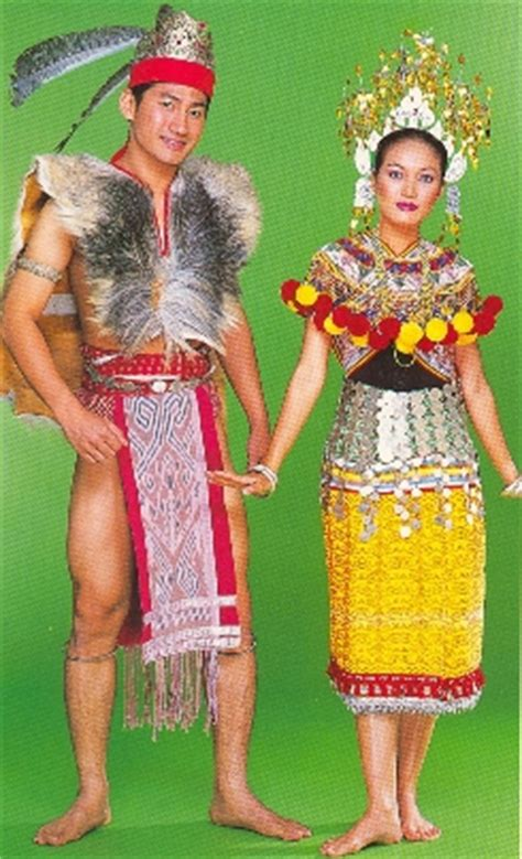 Baju Burung Orang Iban sarawak pakaian tradisional kaum kaum di malaysia