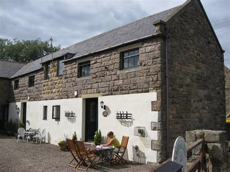 five cosy cottages to escape cold autumn days homeaway