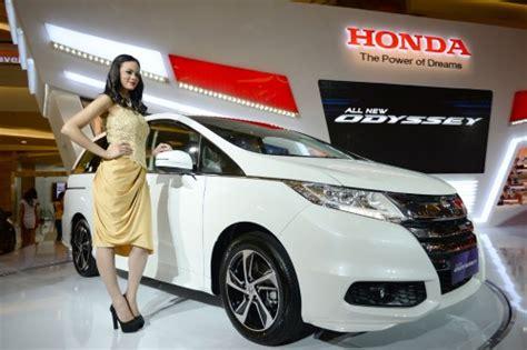 Outer Mobil Brio Dan Mobilio Spesifikasi Honda Odyssey 2015 Harga Mobilio